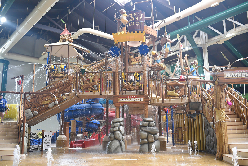 20 indoor water parks you and your kids will love - Great wolf lodge garden grove deals ...